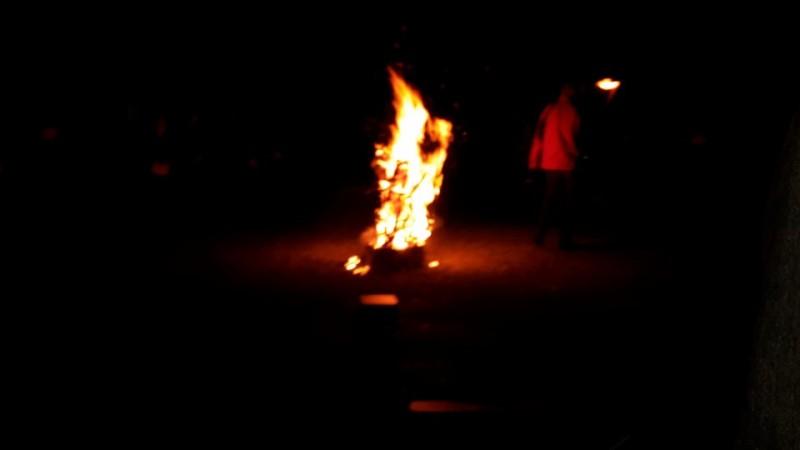 Osterfeuer auf der Ruine in Forchtenberg