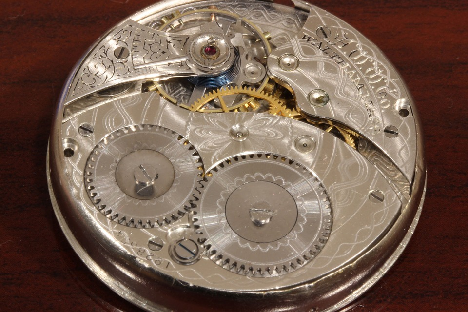 clockwork-298985_960_720